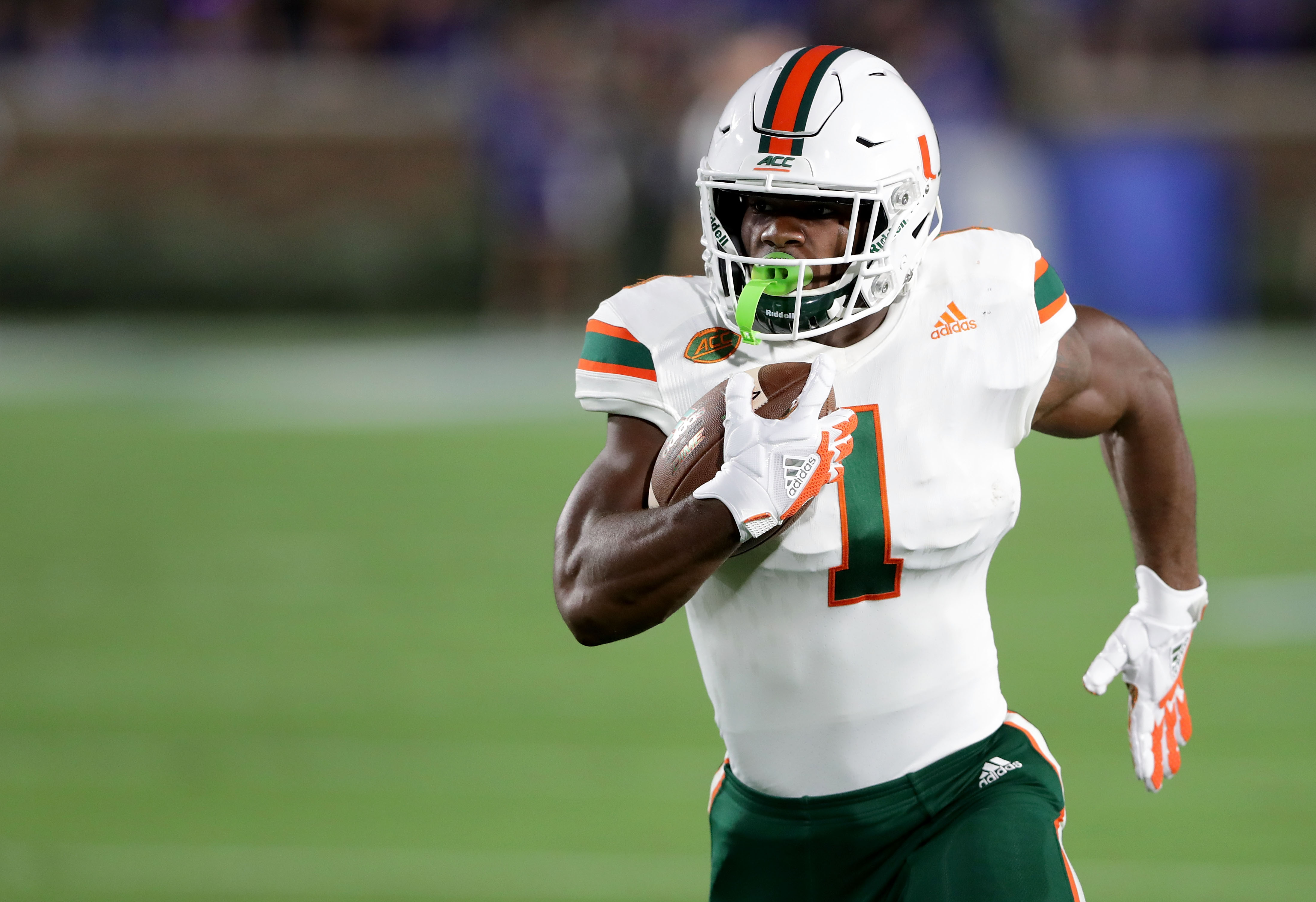 Former Miami Hurricanes RB Mark Walton gets second chance with ...