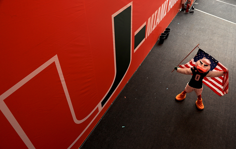 Miami Hurricanes athletes have hilarious responses to LeBron signing